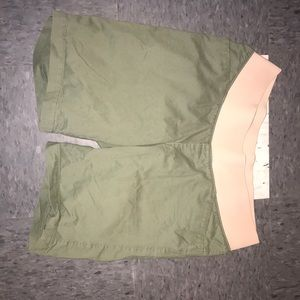 Maternity green shorts
